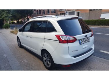 Ford - GRAND CMAX